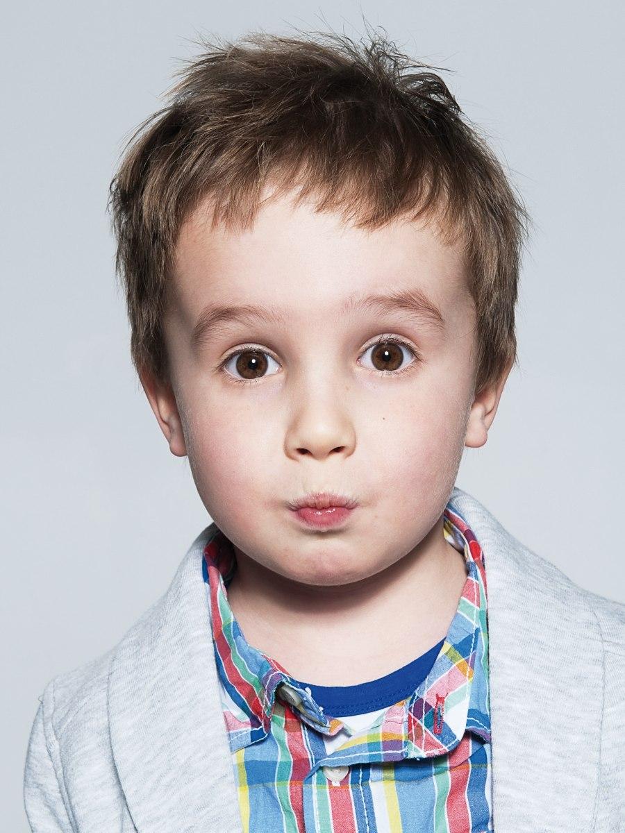 Korte Haarsnit Voor Kleuters En Kleine Kinderen