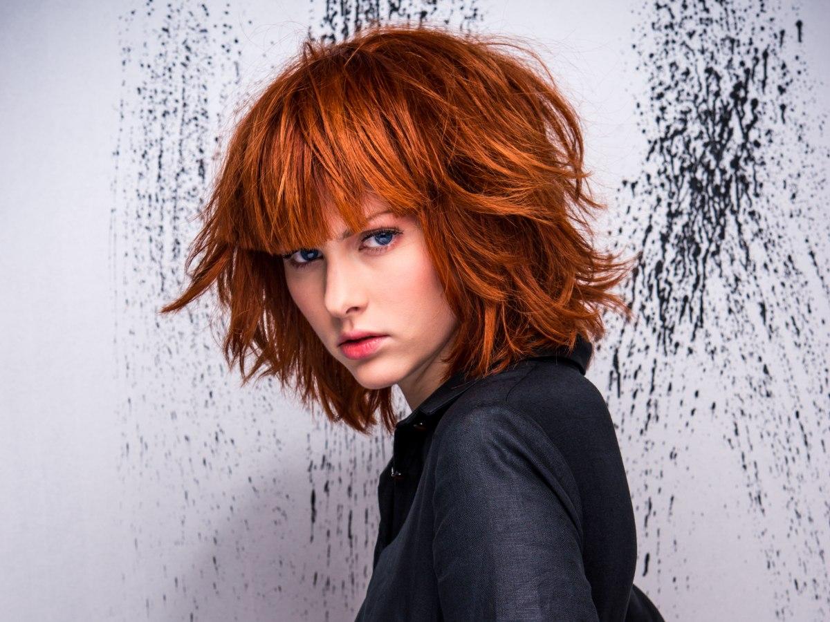 Halflange Warrige Bob Voor Rood Haar