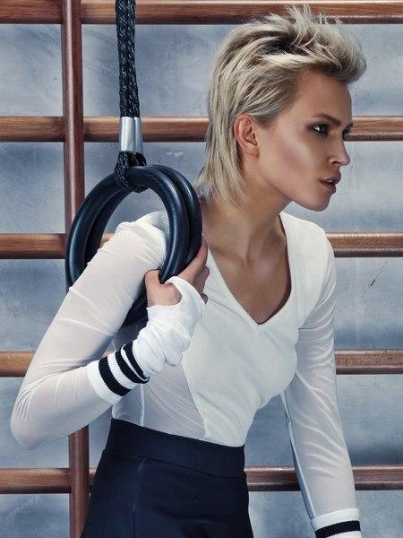 kort haar met een lange achterkant voor de fitness