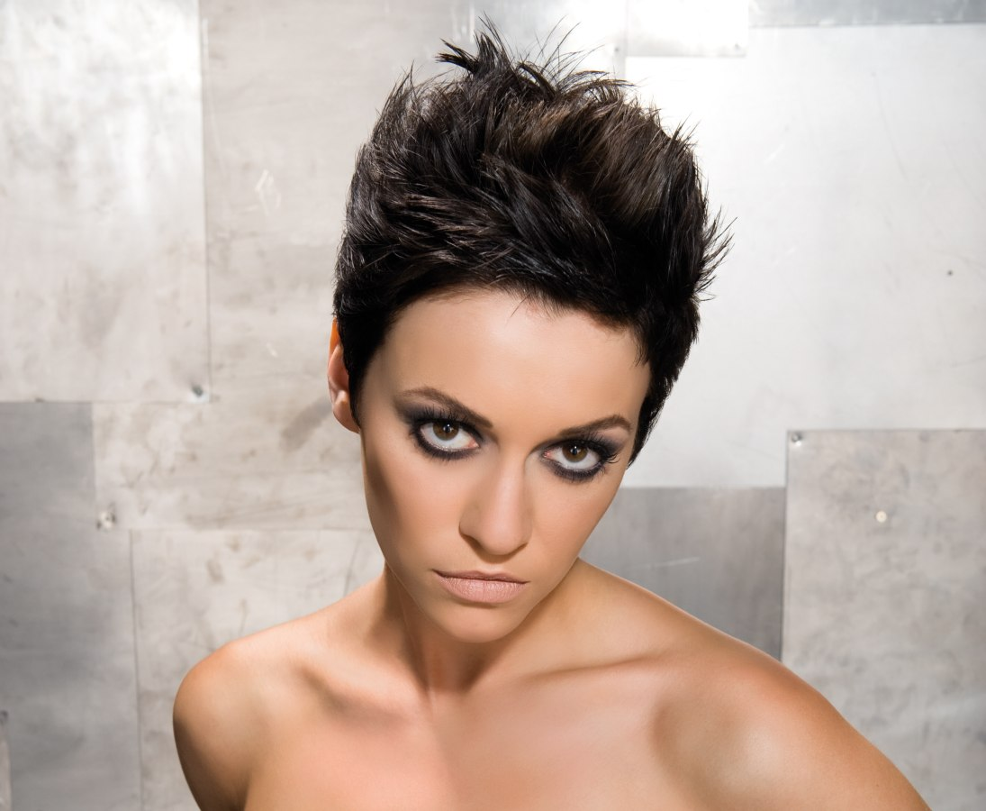 Short Spiky Hairstyles For Women 4 Ideas Download Free ...