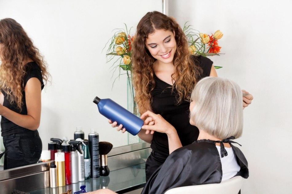 Verhoog uw maandelijks inkomen als kapper of kapster - Hoe een vierkante salon te voorzien ...
